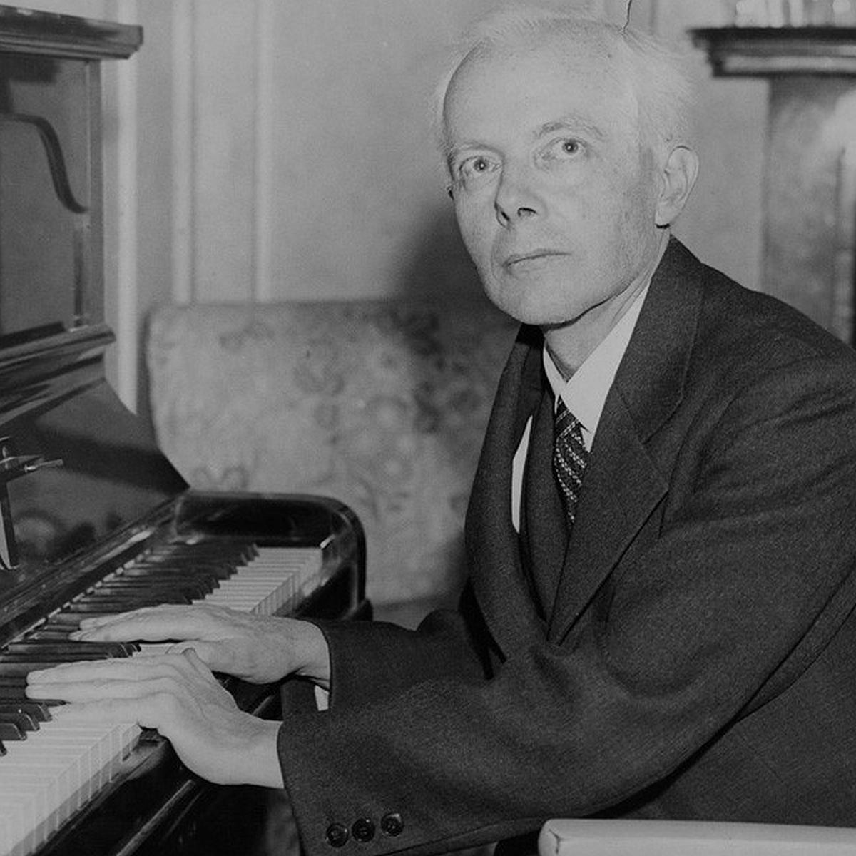 Ce portrait de BELA BARTOK au piano a été publié à de nombreux endroits. La publication la plus ancienne que j'ai pu - jusqu'à maintenant - trouver documentée est dans le New York Times de 1936, cliquer pour une vue agrandie