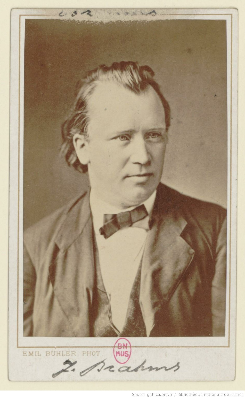 Johannes Brahms / Emil Bühler, Mannheim, Photographe, Date d'édition: 1875, Identifiant: ark:/12148/btv1b8416006p, Source: Bibliothèque nationale de France, département Musique, Est. Brahms 002 bis, Relation catalogue: http://catalogue.bnf.fr/ark:/12148/cb39602908c, relation photo: http://gallica.bnf.fr/ark:/12148/btv1b8416006p.r=%22Johannes+Brahms%22.langFR