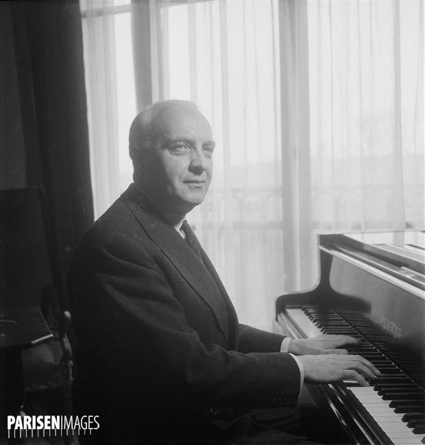 Robert CASADESUS, Paris, mars 1955, Numéro d'image: 71994-57, Numéro d'inventaire: LIP-2061-171, © Roger-Viollet, Boris Lipnitzki, site PARISENIMAGES