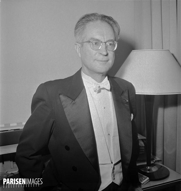 Louis FOURESTIER en juin 1961, une photo © Roger-Viollet / Lipnitzki du site ParisEnImages, Numéro d'image: 73169-8, Numéro d'inventaire: LIP-2212-010, cliquer pour une vue agrandie et quelques informations