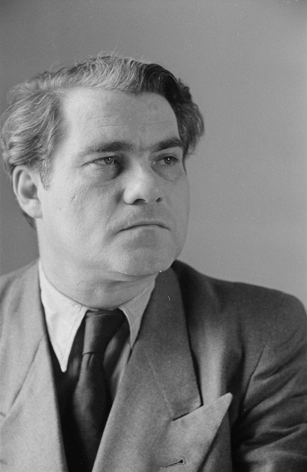 Portrait de Joseph Keilberth: une photo de Abraham Pisarek,  Aufn.-Nr.: df_pk_0001024_010, Eigentümer: SLUB / Deutsche Fotothek, cliquer pour voir l'original